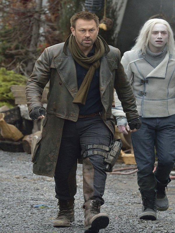 Defiance Grant Bowler Brown Leather Coat